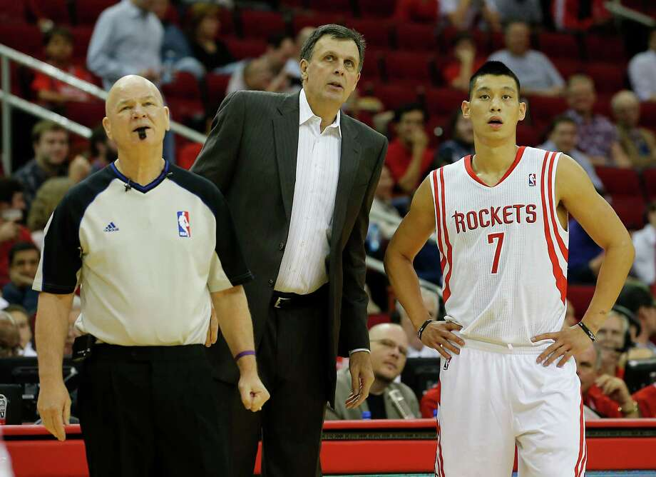 Rockets coach Kevin McHale, left, has had to adjust on the fly to a slew of new players this season, including Jeremy Lin. Photo: James Nielsen, Staff / © Houston Chronicle 2012