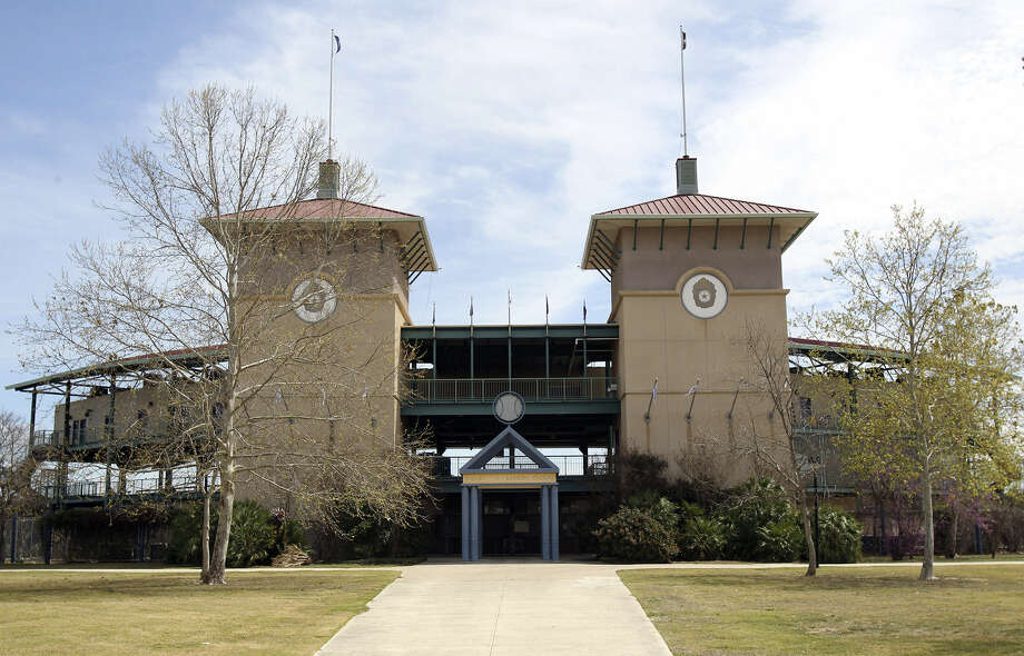 Nelson W. Wolff Municipal Stadium, home to the San Antonio Missions, is the grand dame of Texas League ballparks. Photo: Tom Reel / San Antonio Express-News