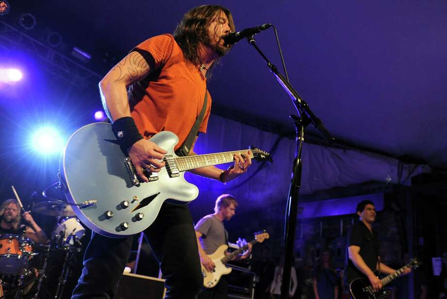 2011: Dave Grohl of The Foo Fighters performs. Photo: Tim Mosenfelder, Getty Images / 2011 Tim Mosenfelder