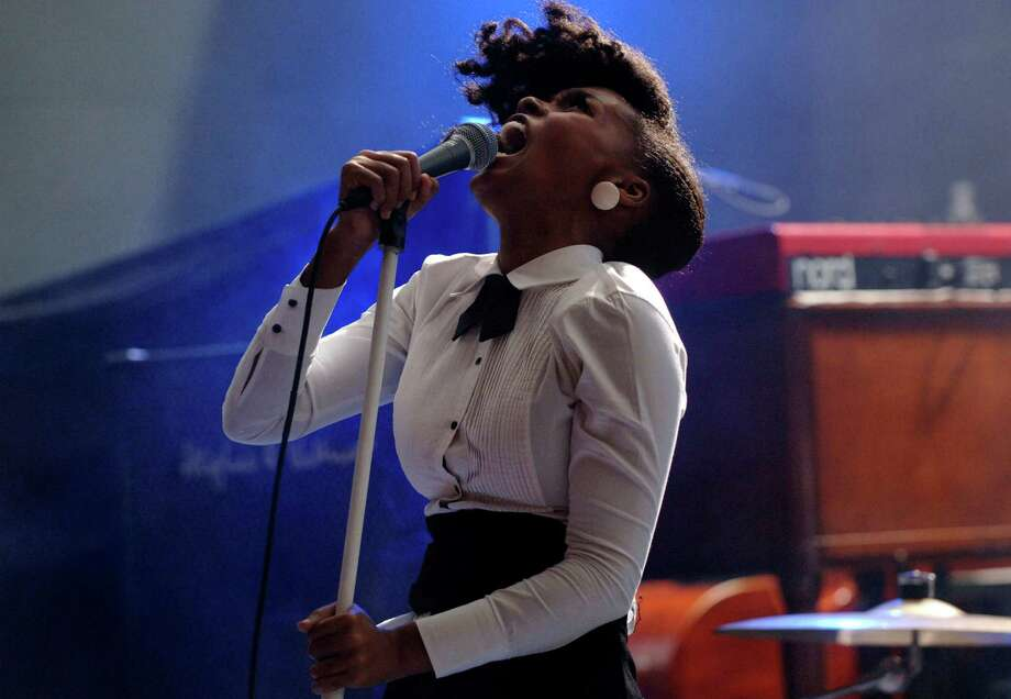 2009: Janelle Monae performs at Stubbs Bar-B-Q. Photo: Tim Mosenfelder, Getty Images / 2009 Tim Mosenfelder