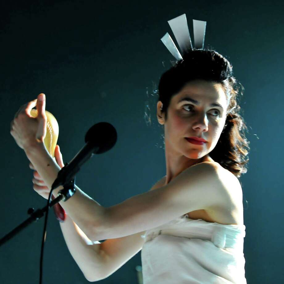 2009: PJ Harvey performs. Photo: Andy Sheppard, Redferns / 2009 Andy Sheppard