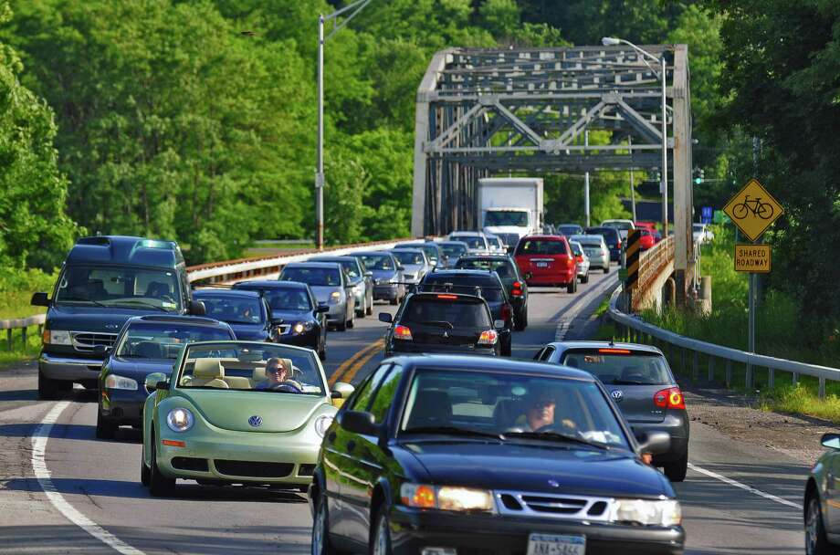 Rush hour traffic heads north on Balltown Road (Route 146) after crossing the Rexford Bridge in Rexford, NY on Wednesday evening June 23, 2010. ( Philip Kamrass / Times Union) Photo: PHILIP KAMRASS / 00009273A