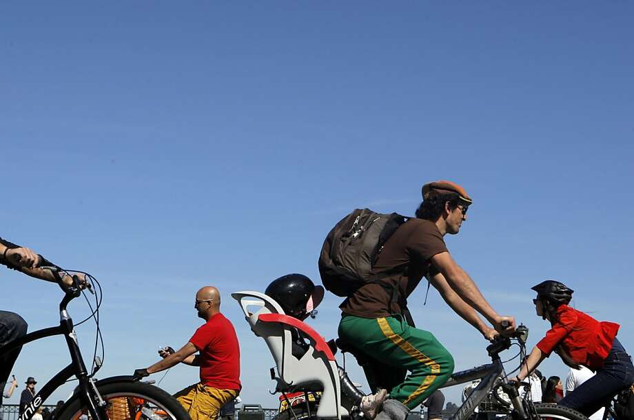 As cycling grows in San Francisco, accidents are up, too - but safety recommendations made in 2010 aren't being followed. Photo: Jessica Olthof, The Chronicle