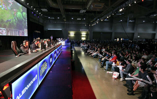 "Gamers (left) play ""League of Legends"" at the Palmer Events Center during the South by Southwest Gaming Expo Sunday March 10, 2013 in Austin, TX. Photo: Edward A. Ornelas, San Antonio Express-News / © 2013 San Antonio Express-News"