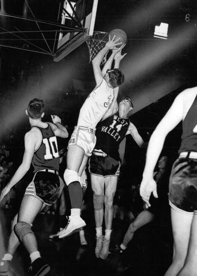 This is a previously unpublished photo from March 1953 showing West Valley in the State high school basketball tournament at Hec Edmundson Pavilion. But the original print doesn't not have identifying information. Photo: Seattlepi.com File