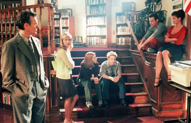 Anthony Stewart Head, Sarah Michelle Gellar, Alyson Hannigan, Seth Green, Nicholas Brendon and Charisma Carpenter in 1998. Photo: Warner Bros., Getty Images / Getty Images North America