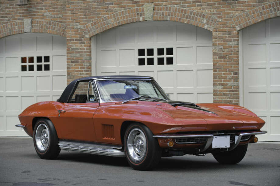 A 1967 Chevrolet Corvette Sting Ray 427 sold for $148,000. Photo: Jeff Yardis JE/RM Auctions Photo: Courtesy Of RM Auctions