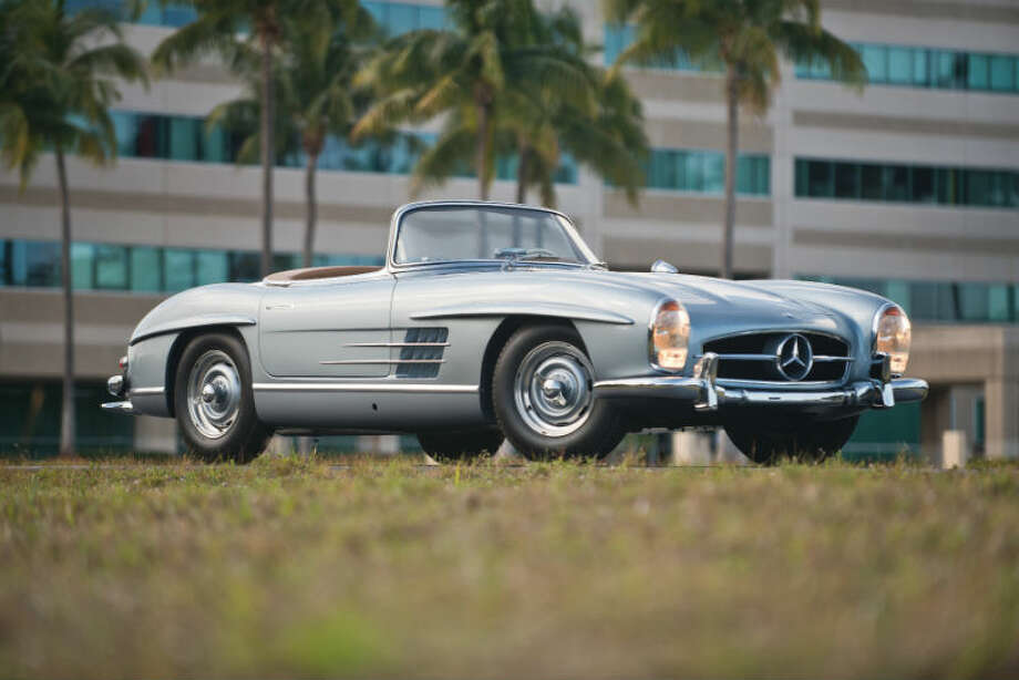 A 1958 Mercedes-Benz 300SL Roadster sold for $792,000. Photo: Darin Schnabel/RM Auctions Photo: Courtesy Of RM Auctions