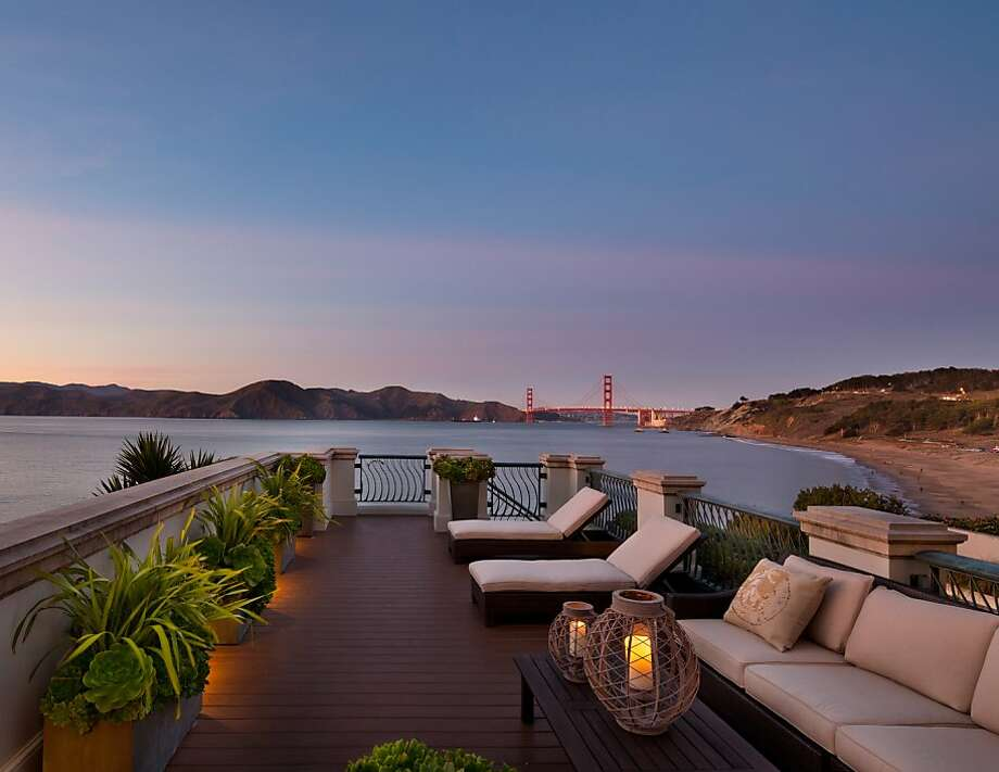 The traditional home built in 1920 features a roof terrace that provides unobstructed views of the Golden Gate Bridge. Photo: Bernard Andre' Photography