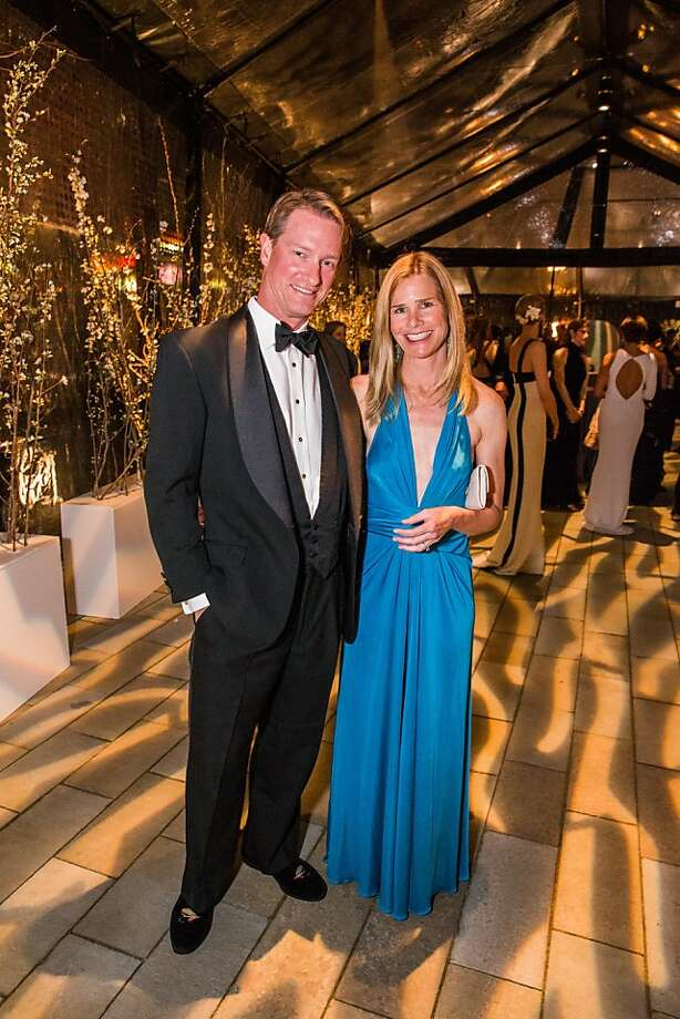 Drew and Amy Curby at FAMSF'sMid-WinterGala on March 09, 2013. Photo: Drew Altizer Photography