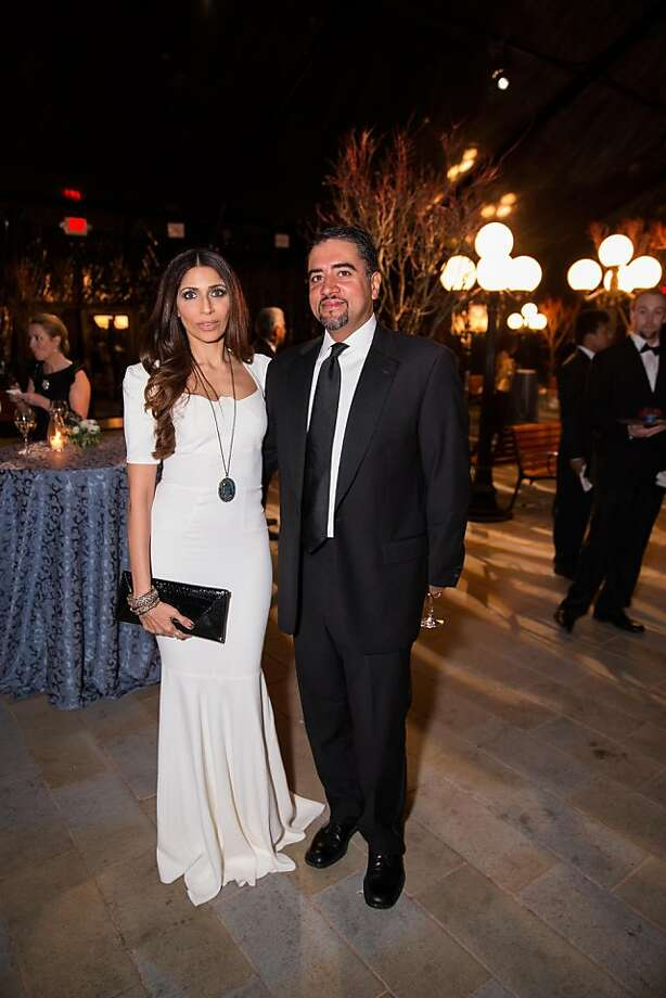 Sobia and Nadir Shaikh at FAMSF's Mid-Winter Gala on March 09, 2013. Photo: Drew Altizer Photography