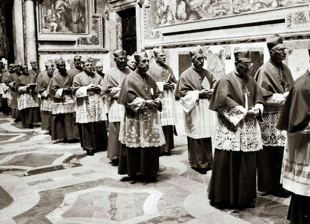1978:  Entry in conclave of the cardinal Karol Wojtyla, future pope John-Paul II, after the death of Paul VI. Rome. Photo: Viviane Riviere, Roger Viollet/Getty Images / Viviane Riviere/Roger Viollet