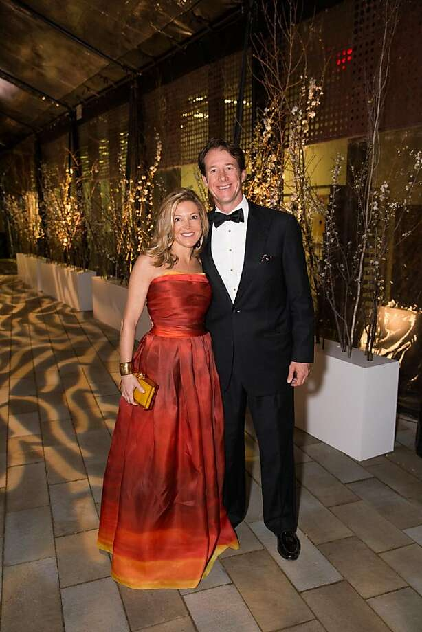 Kathryn and Bo Lasater at FAMSF's Mid-Winter Gala on March 09, 2013. Photo: Drew Altizer Photography