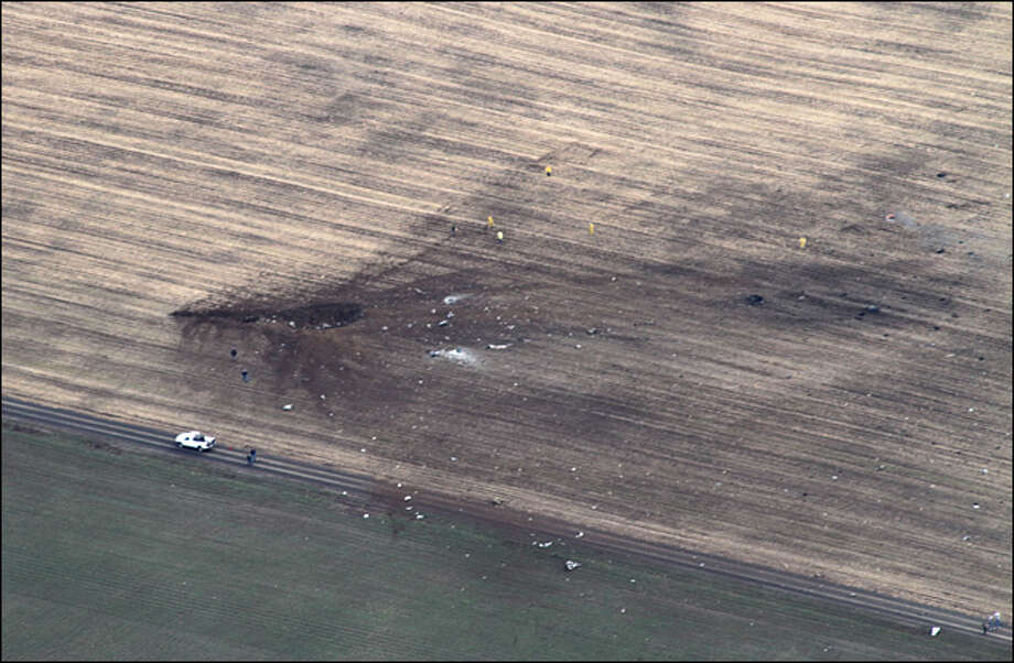Wreckage in a field near Harrington, Wash. where a Navy aircraft crashed on Monday, March 11, 2013. (Photo: Stan Dammel)