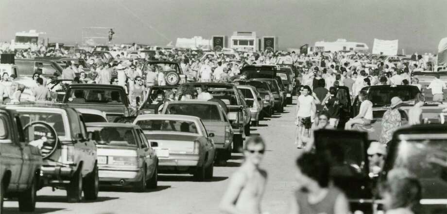 March 11, 1989:Thousands of fun seekers jam East Beach in Galveston as spring break gets under way, Saturday morning. Photo: Kerwin Plevka, Houston Chronicle / Houston Chronicle