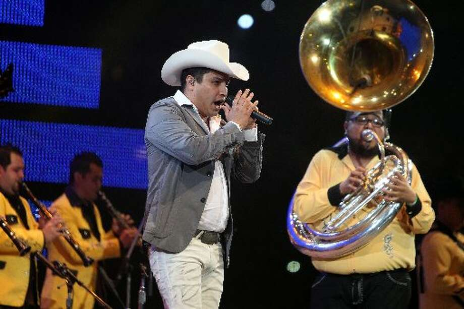 Julion Alvarez performs.