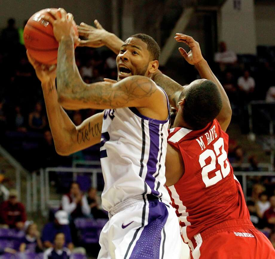 Who's hot - TCU: The Horned Frogs hit 54.7 percent against Oklahoma for their top shooting percentage in a conference  game this season. Before shooting 50 percent in Tuesday's loss at Kansas State, TCU hadn't shot above 39 percent in conference play all season. Photo: Rodger Mallison, Associated Press /  The Fort Worth Star-Telegram