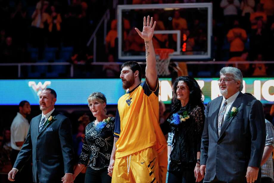 Not - West Virginia C Deniz Kilicli: Scored only four points in the Mountaineers' loss to Iowa State. Kilici is hitting 2 of 9 from the foul line (22.2 percent) in his last two games. Photo: David Smith, Associated Press / FR93543 AP