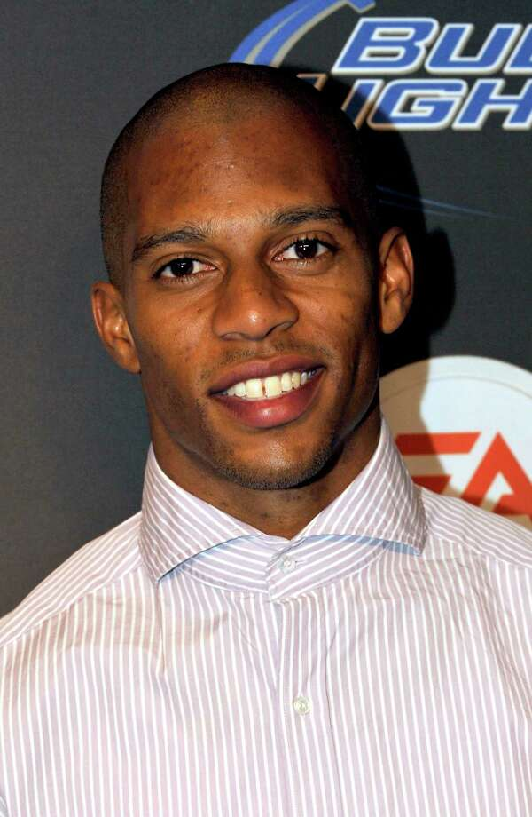 New York Giants wide receiver Victor Cruz arrives at the EA SPORTS Madden Bowl XIX Party on Thursday, Jan. 31, 2013 in New Orleans. (Photo by Jack Dempsey/Invision/AP) Photo: Jack Dempsey / Invision