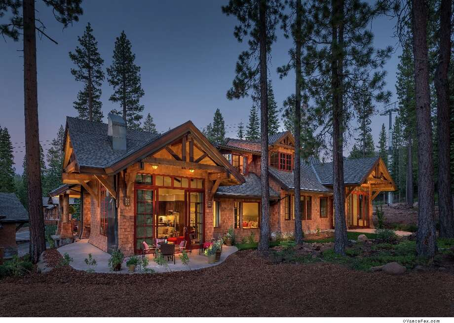 Exterior, at night. The mountain cabin/modern/Wright/forest luxury aesthetic. All photos via Northstar Residences.com