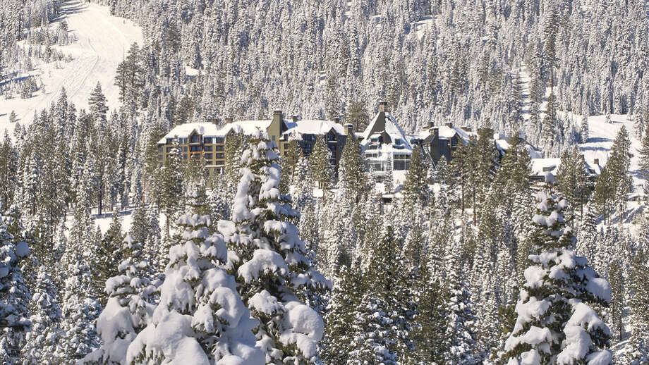 Winter at the Ritz. All photos via Ritz Lake Tahoe. / © Elizabeth Carmel