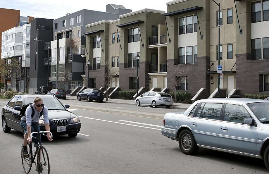 29. Oakland-Fremont, Calif.:An estimated 59 percent of renters are unable to afford a two-bedroom apartment at U.S. Department of Housing fair market rent. This rent requires an income of $54,440, 124 percent of median income. Photo: Kevin Johnson, The Chronicle