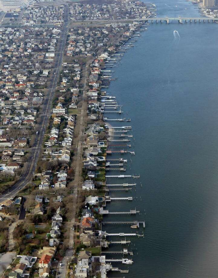 19. Nassau-Suffolk, N.Y.:An estimated 60 percent of renters are unable to afford a two-bedroom apartment at U.S. Department of Housing fair market rent. This rent requires an income of $63,320, 132 percent of median income. Photo: Bruce Bennett, Getty Images / 2011 Getty Images