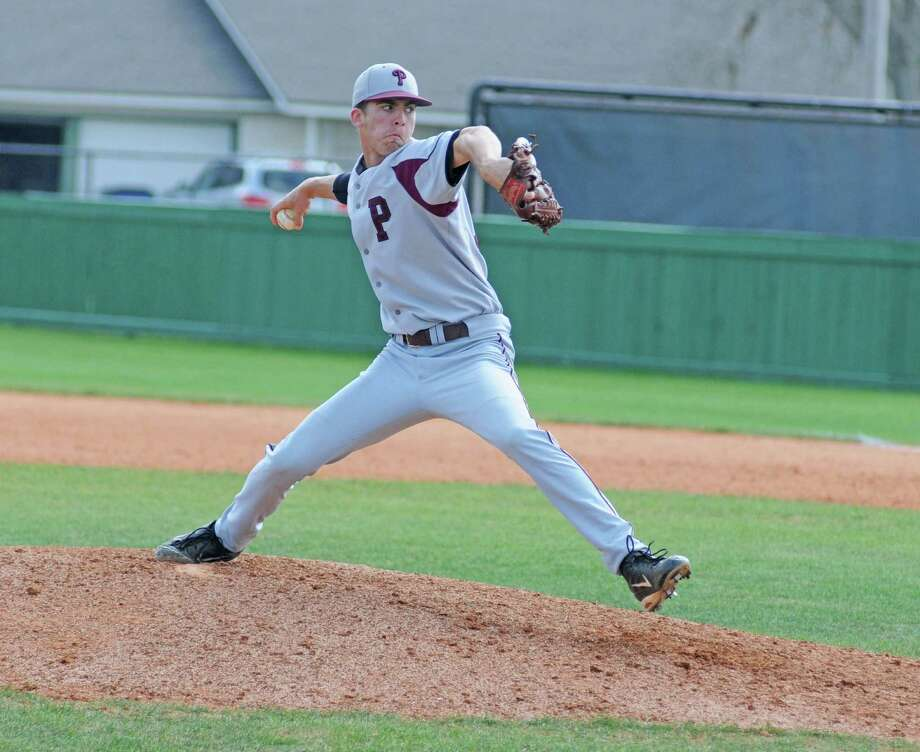 Pearland senior pitcher Trey Smith and the rest of the Oilers will face Manvel on Thursday in game one of their Region III quarterfinal matchup. Photo: L. Scott Hainline / Freelance