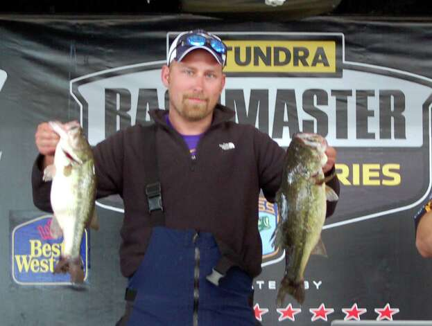Bronk McDaniel won 2nd place in the boater division with 19.85 lbs  Photo by Patty Lenderman, Lakecaster
