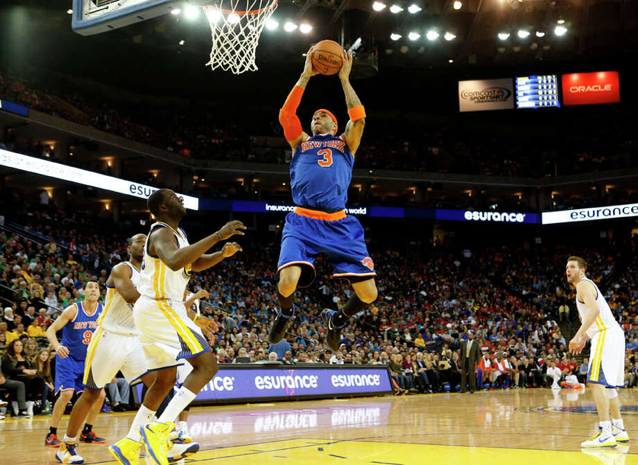 New York Knicks forward Kenyon Martin dunks the ball during the fourth quarter. Photo: Beck Diefenbach, Special To The Chronicle / ONLINE_YES