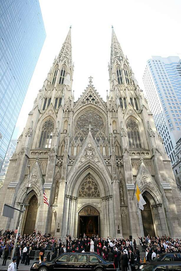 Pope Benedict XVI arrives at St. Patrick's Cathedral to hold Mass in New York, April 19, 2008. Photo: Chang W. Lee, New York Times
