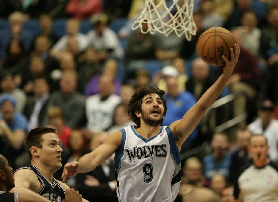 Target Center – Minnesota Timberwolves – $1.8 million per year. Photo: Jeff Wheeler, McClatchy-Tribune News Service / Minneapolis Star Tribune