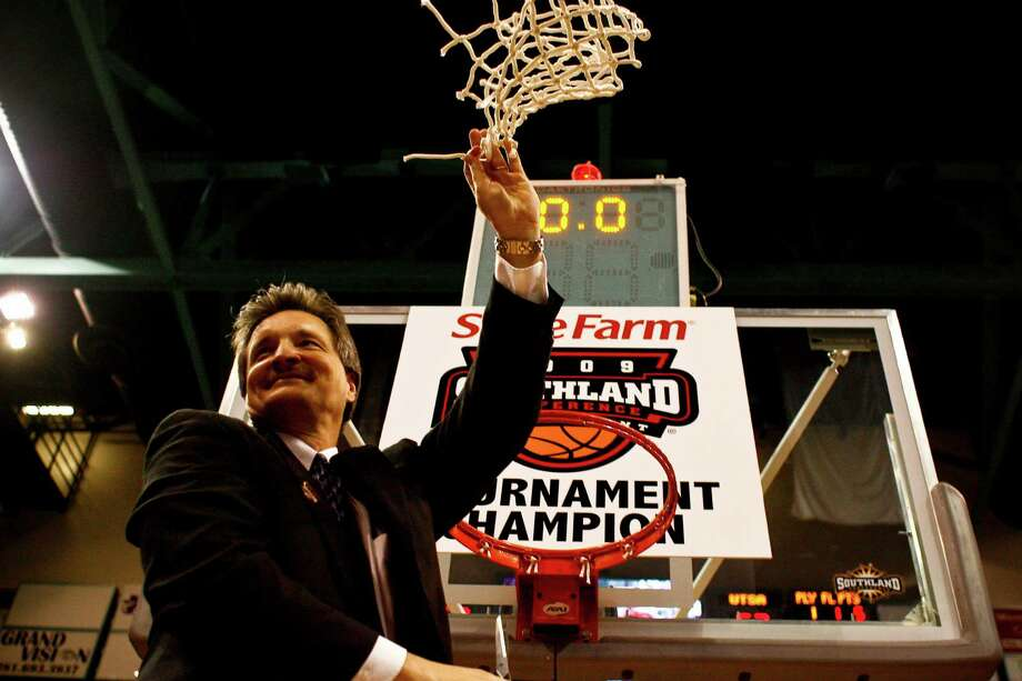 Stephen F. Austin coach Danny Kaspar will be disappointed if his team can't win the Southland Conference tournament, as it did in 2009. Photo: Michael Paulsen, Staff / Houston Chronicle