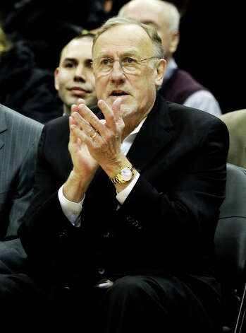 Minnesota Timberwolves head coach Rick Adelman applauds his team in the final minutes as they went on to beat the San Antonio Spurs 107-83 in an NBA basketball game Tuesday, March 12, 2013, in Minneapolis. Photo: Jim Mone, Associated Press / AP