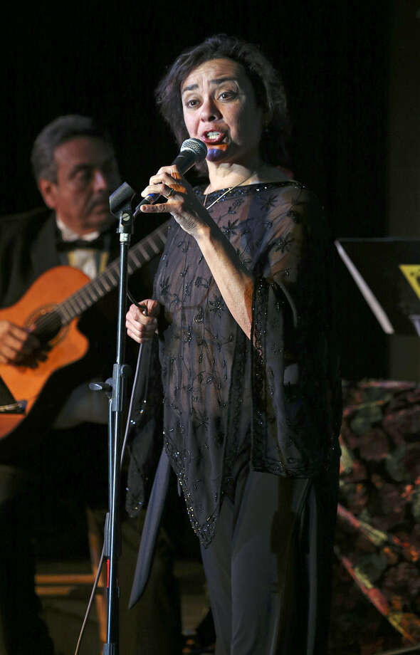 Singer Leticia Rodriguez carries on the musical legacy of her famous aunt, Eva Garza. Photo: Tom Reel / Express-News