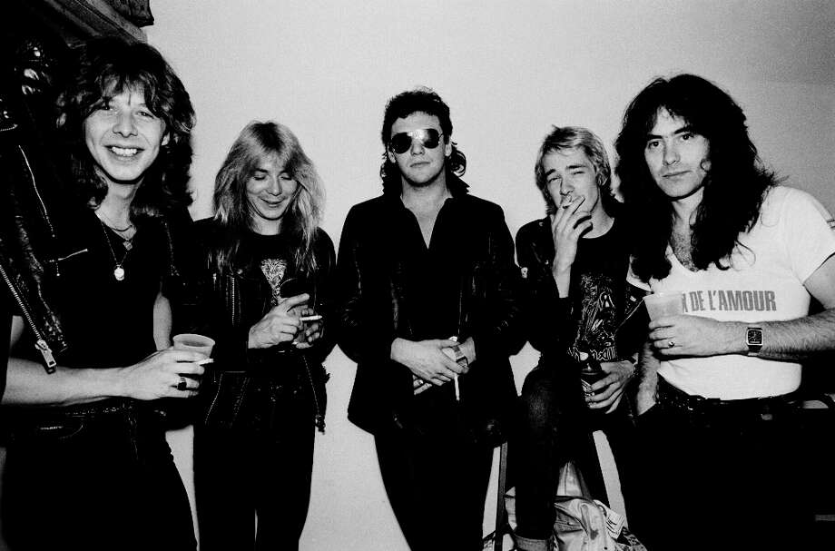 Portrait of British heavy metal band Iron Maiden backstage at Pointe East during their Killer World Tour, Lynwood, Illinois, June 26, 1981. Pictured are, from left, Clive Burr, Dave Murray, Paul Di'Anno, Adrian Smith, and Steve Harris. Photo: Paul Natkin, Getty Images / Archive Photos