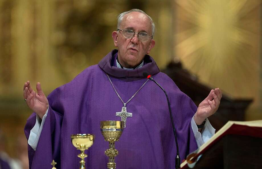 This Feb. 14, 2013 photo shows Archbishop of Buenos Aires, Cardinal Jorge Mario Bergoglio leading a mass at the Metropolitan Cathedral in Buenos Aires, Argentina. Photo: Natacha Pisarenko, Associated Press