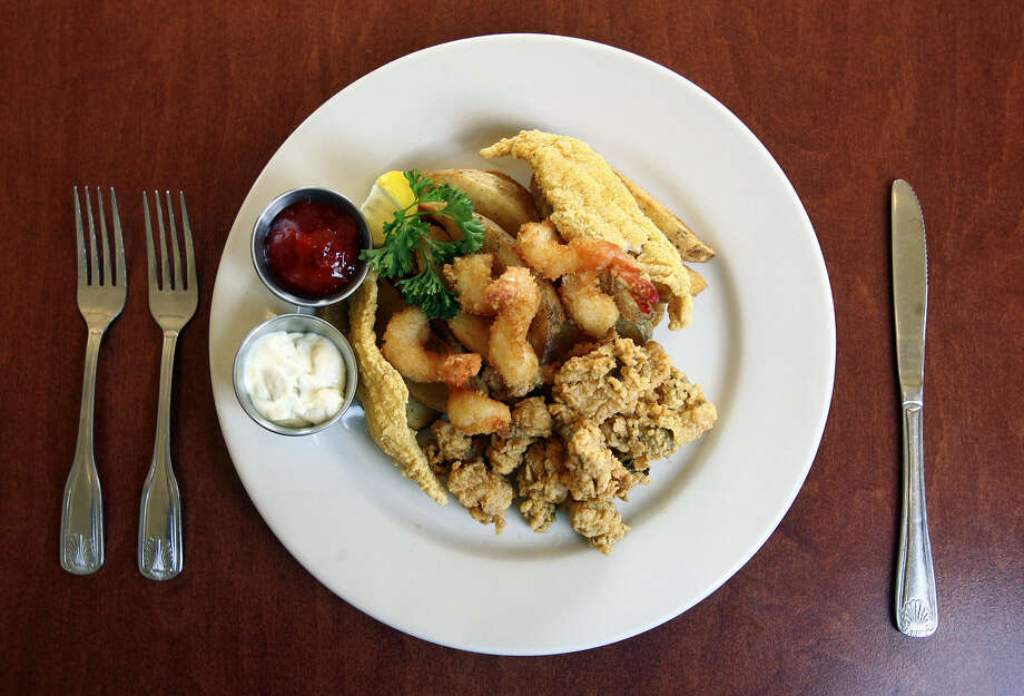 A fried fish platter at McAdoo's Seafood Company in New Braunfels. Photo: Express-News File Photo