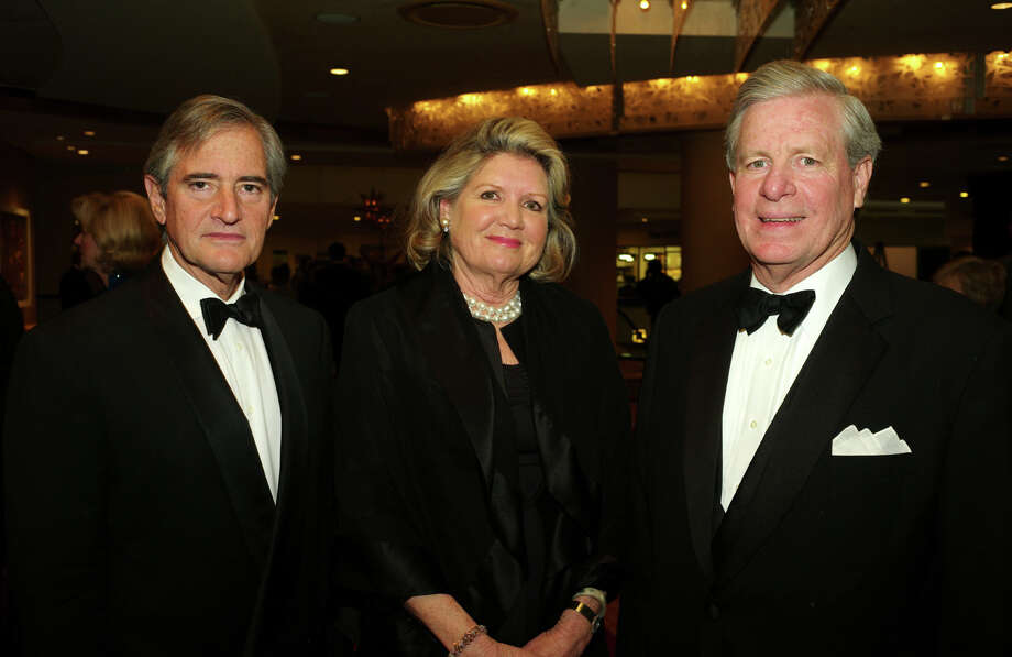 Sandy McNab (from left), Weisie Steen and John Steen Photo: LELAND A. OUTZ, For The Express-News / SAN ANTONIO EXPRESS-NEWS