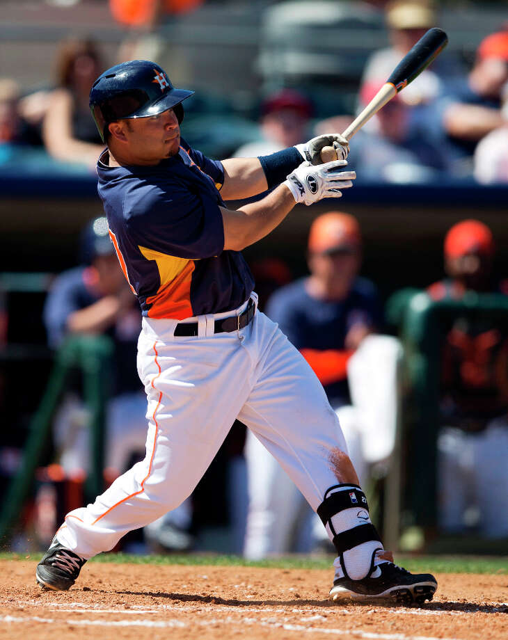 Astros 2B Jose Altuve hits a double during the fifth inning. Photo: Evan Vucci, Associated Press / AP