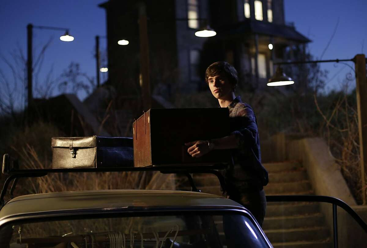 """Norman Bates moves into his new home in A&E's """"Bates Motel."""""""