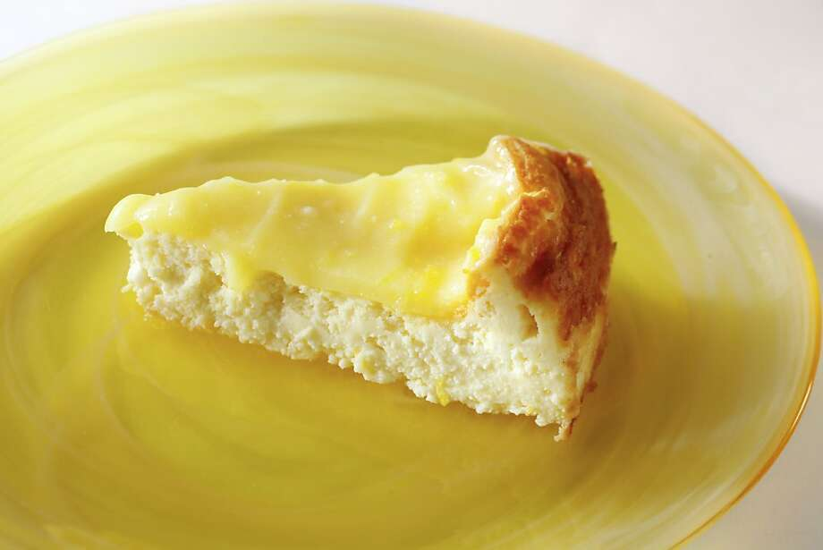 Crustless Cheesecake With Meyer Lemon Curd Photo: Craig Lee, Special To The Chronicle
