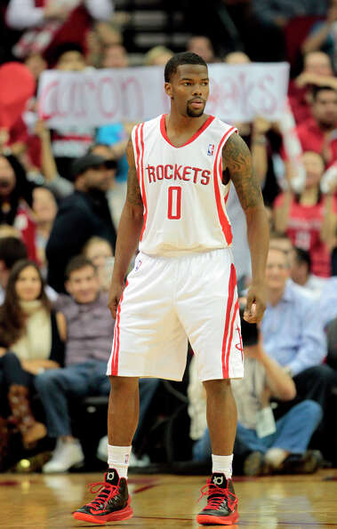 Aaron Brooks steps onto the Toyota Center court again.