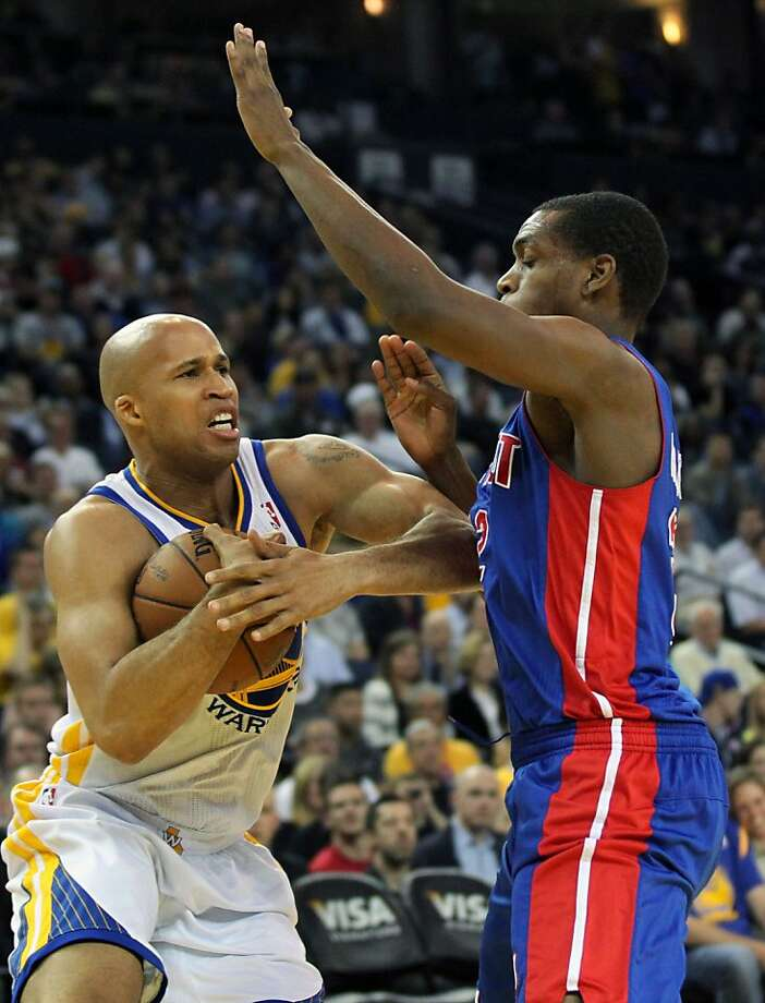 Golden State Warriors forward Richard Jefferson (44) controls the ball against the Detroit Pistons defenders in the first half of their NBA basketball game Wednesday, March 13, 2013, in Oakland Calif. Photo: Lance Iversen, The Chronicle