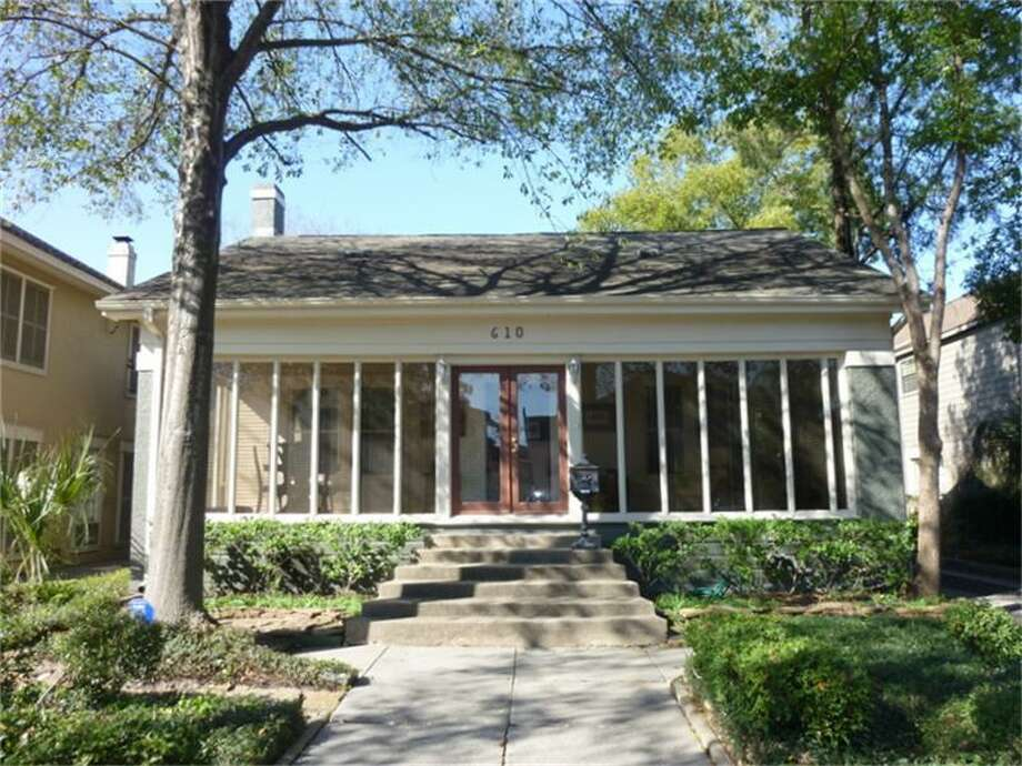 610 Marshall: This Montrose-area home features three bedrooms and three bathrooms in more than 2,500 square feet of living space. Open home: 04/14/2013, 2 p.m. to 4 p.m. Photo: Heritage Texas Properties