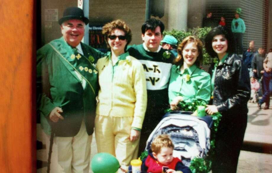 A past parade Tom Hora of with family. Photo: Johnny Hanson, Houston Chronicle / © 2013  Houston Chronicle