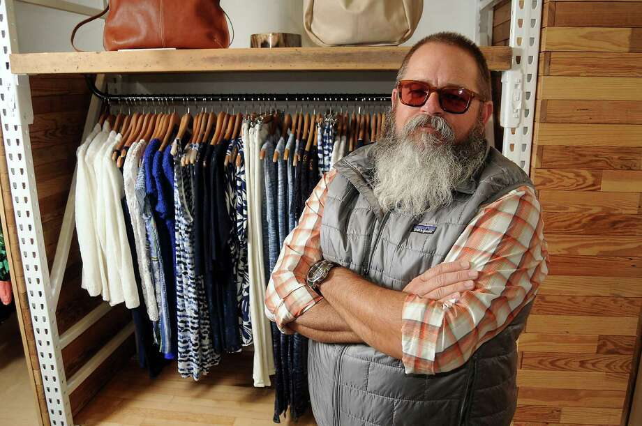 Owner Lee Ellis at the Sam and Lilli  store in the West Ave shopping center Monday March 11, 2013.(Dave Rossman/ For the Chronicle) Photo: Dave Rossman, Freelance / © 2013 Dave Rossman