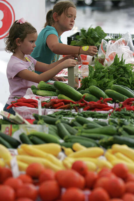 Whether you're craving fresh zucchini or need some watermelon to feed the kids, a farmers' market can provide fresh, seasonal produce while supporting local business. And there's one every day in San Antonio! Click ahead to see where and when they operate. Photo: BAHRAM MARK SOBHANI, SAN ANTONIO EXPRESS-NEWS / SAN ANTONIO EXPRESS-NEWS