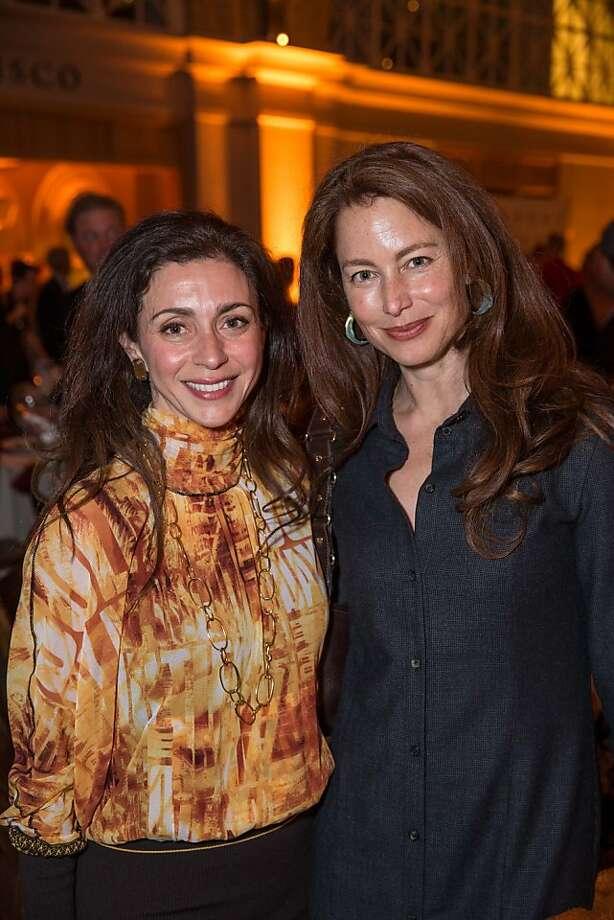 Maryam Muduroglu and Shelia Mahu at EWG's 4th annual Earth Dinner on March 13, 2013. Photo: Drew Altizer Photography, Photo : Drew Altizer