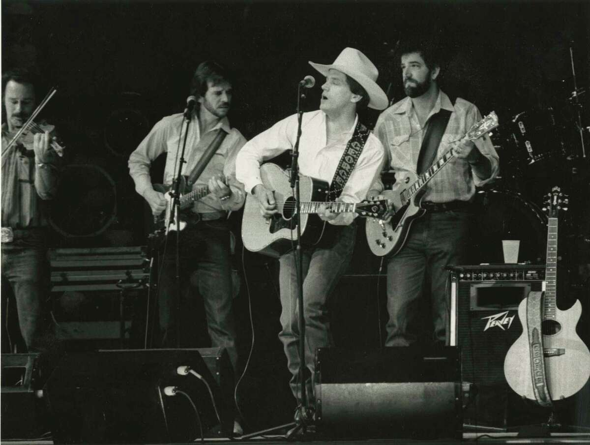 George Strait at the 1987 Houston Livestock Show & Rodeo in the Houston Astrodome.